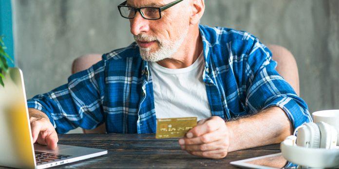 Senior online shopping2 696x348 - 54% of British Senior Citizens Shop Online