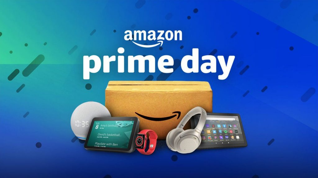As e-commerce sales proliferate, Amazon holds on to top online retail spot